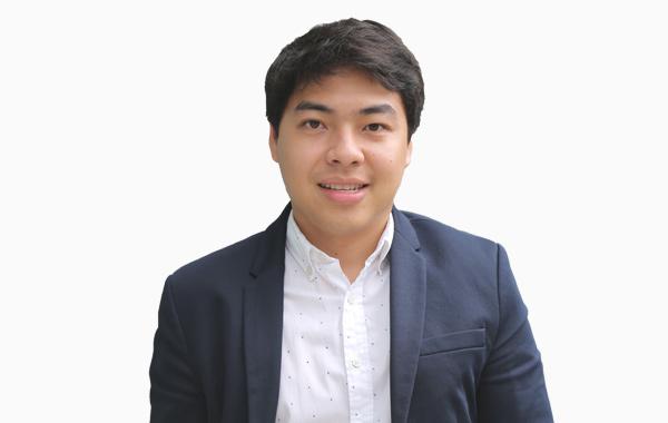 Mr. Paron  Yuenyong