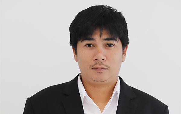 Mr. Phanomgorn Kumsay